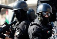 Photo of الزرقاء: هكذا أنقذ الأمن موظفين تم احتجازهم تحت تهديد السلاح