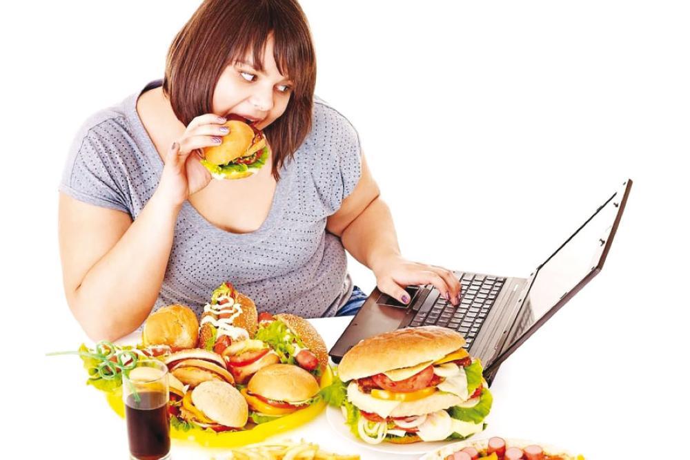 أضرار الإفراط في الأكل