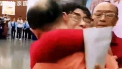 Photo of عاد إلى أسرته بعد مرور 32 عاما على اختطافه